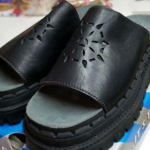 Skechers slip on platform shoes